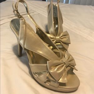 Gold Rampage Bow Heels